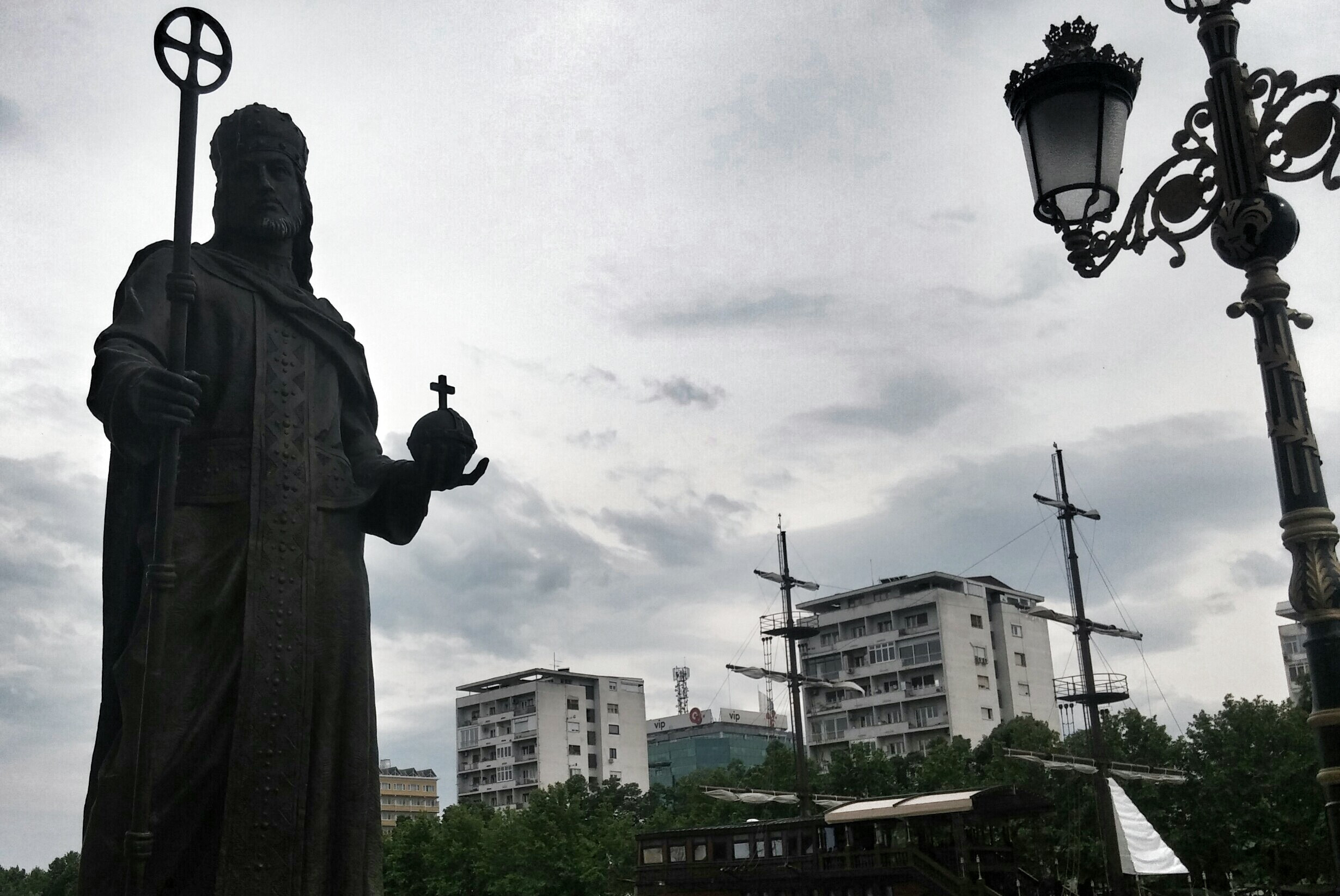 Споменик цару Душану у Скопљу (Фото: ekonomskevesti.com)