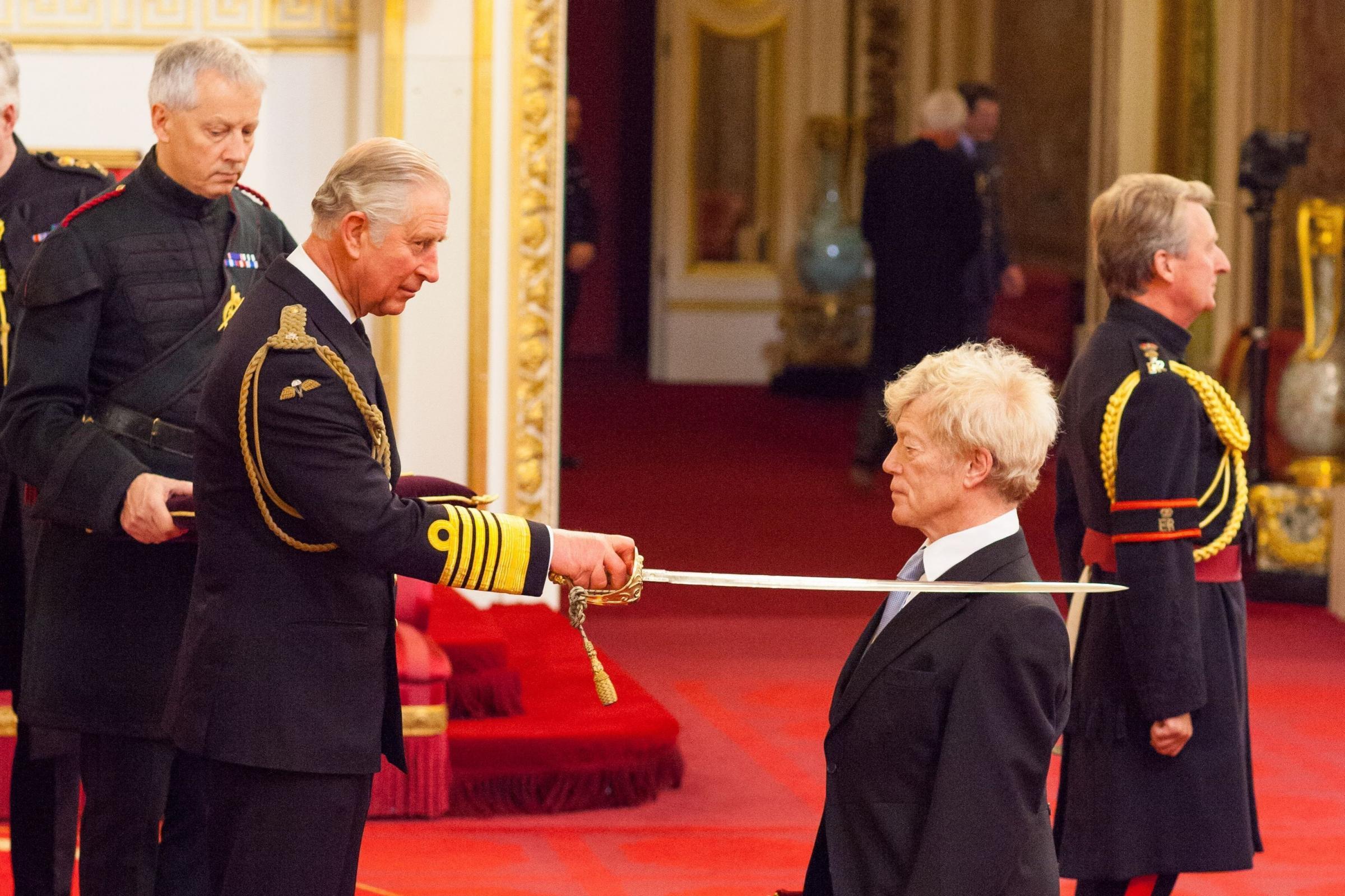 Инвеститура Роџера Скрутона у Бакингемској палати (Фото: Press Association)