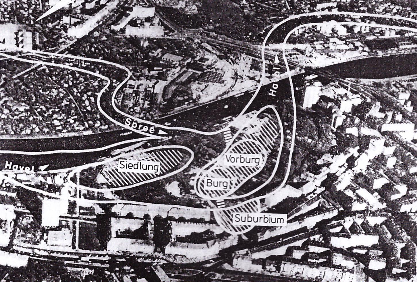 Položaj grada i podgrađa Spandova iz doba vojvode Jakše, 12. vek, avio-snimak današnjeg dela Berlina, prema Hermanu