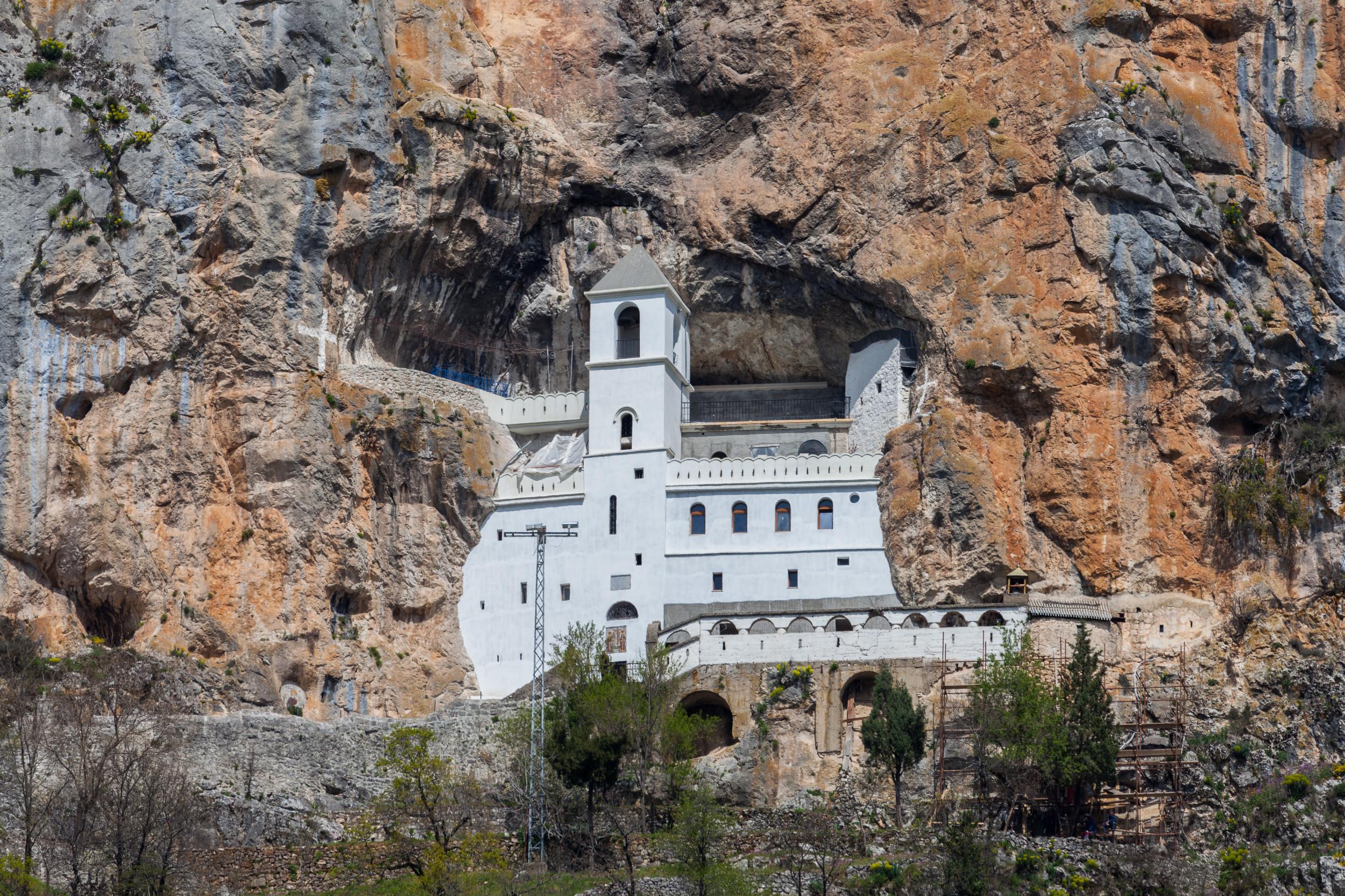 wikimedia.Manastir Ostrog (Foto: Wikimedia/Diego Delso)