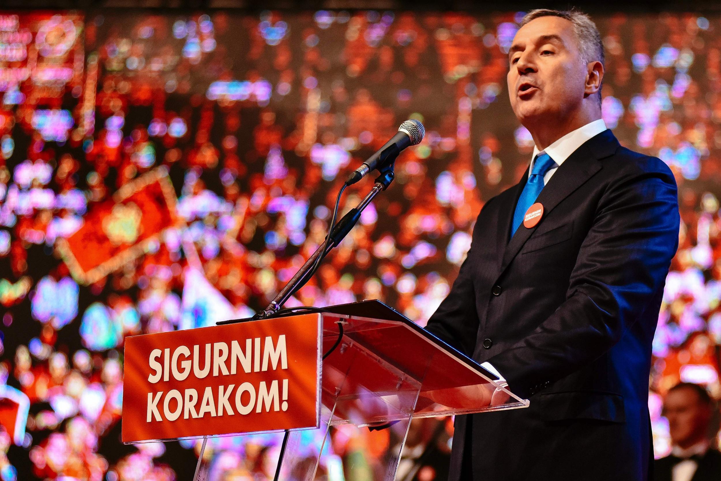 Црногорски председник Мило Ђукановић говори на једном скупу Демократске партије социјалиста (Фото: Getty Images)