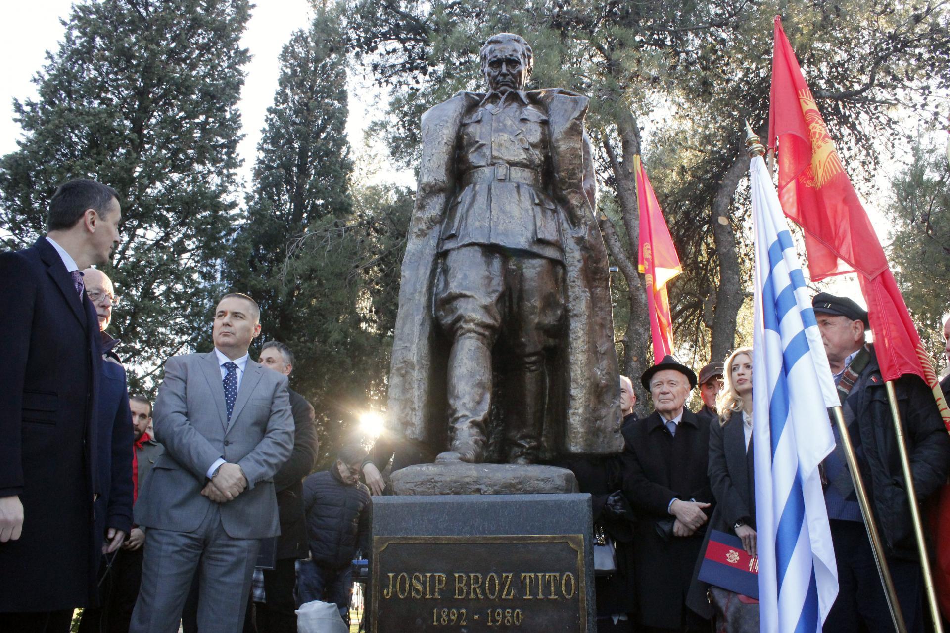 Otkrivanje spomenika Josipu Brozu Titu, Podgorica, 19. decembar 2018. (Foto: Anadolija)