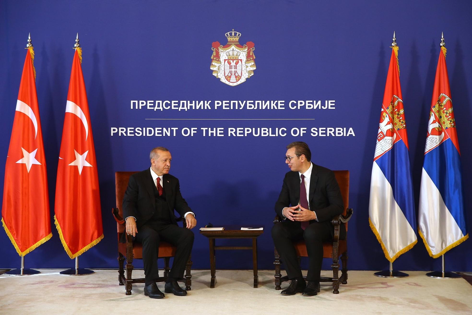 Predsednik Turske Redžep Tajip Erdogan i predsednik Srbije Aleksandar Vučić razgovaraju tokom sastanka u Beogradu, 07. oktobar 2019. (Foto: Tviter)