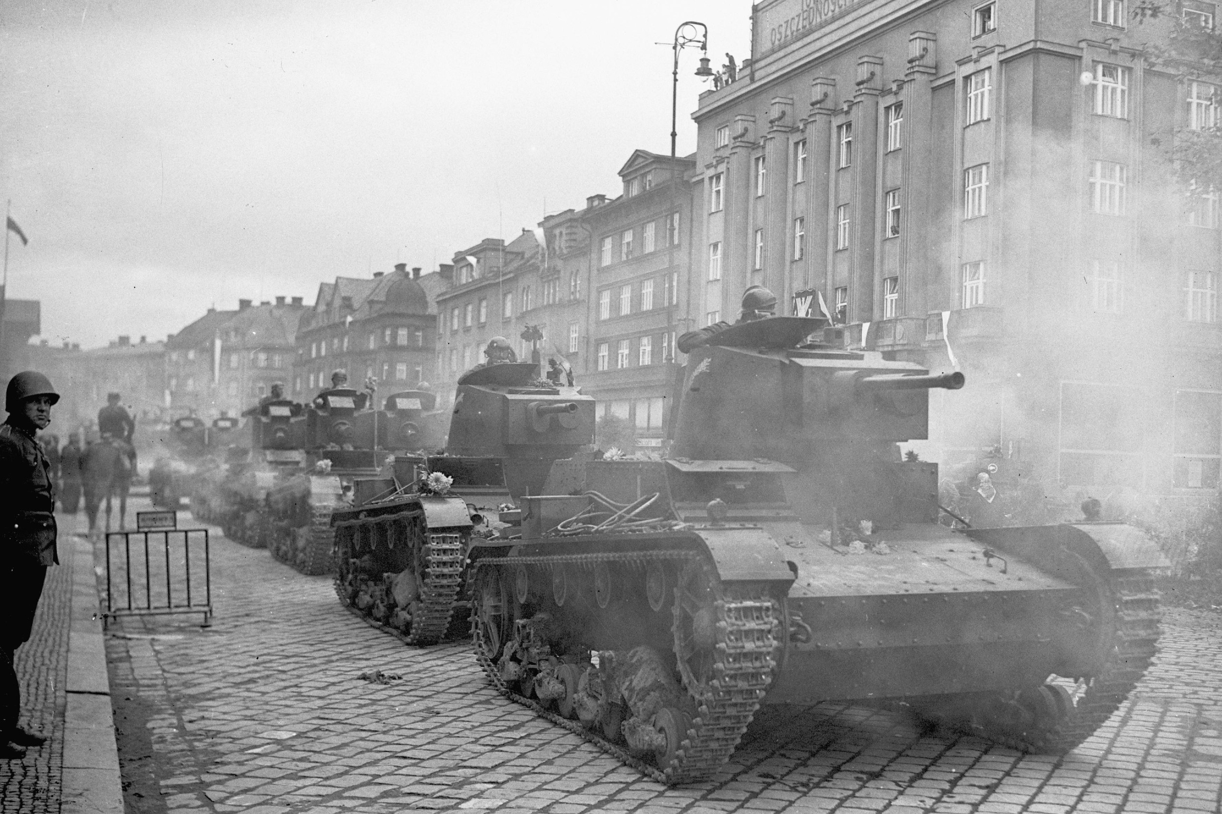 Poljska armija tenkovima ulazi u češki Tešin, oktobar 1938. (Foto: Wikimedia)