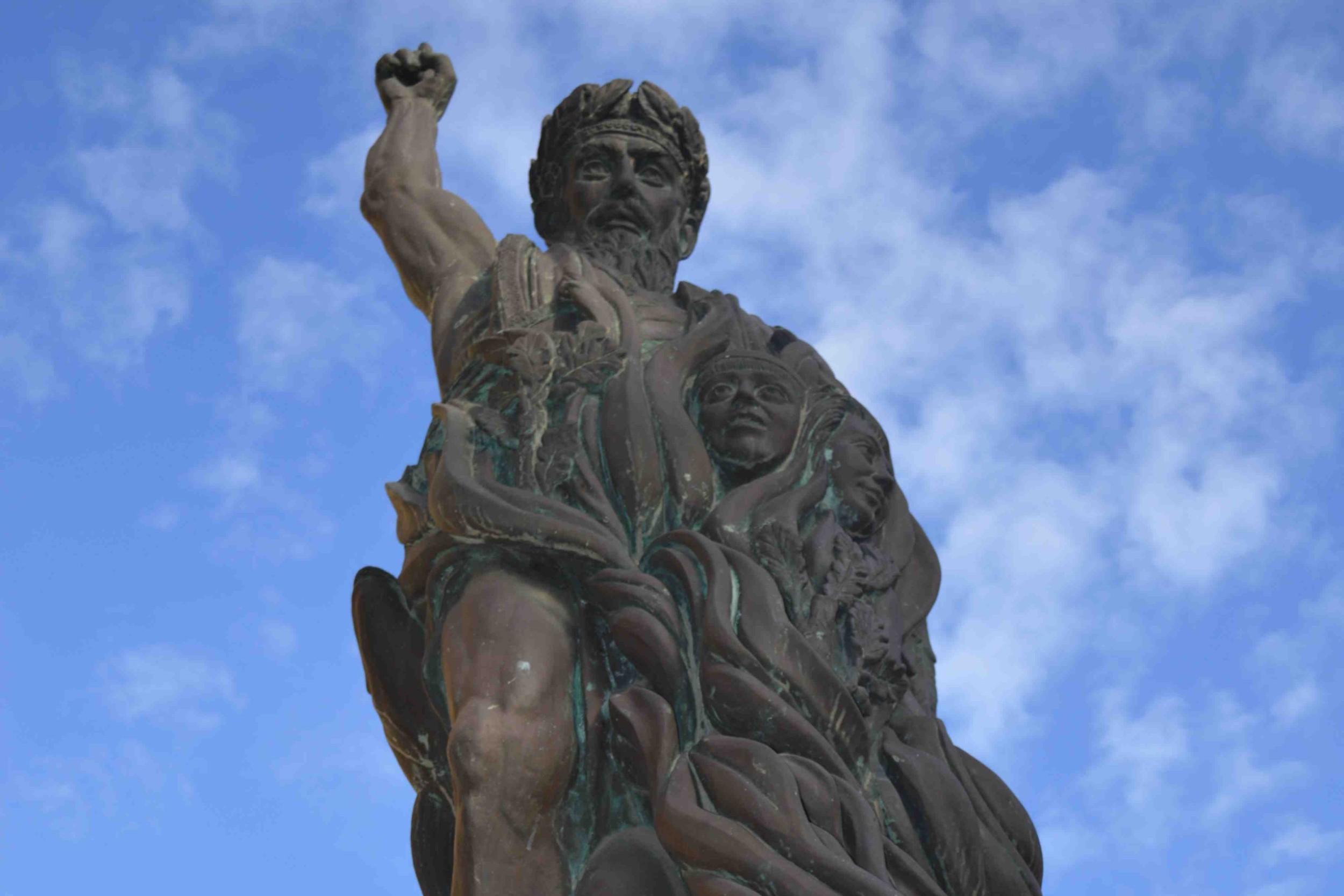 Статуа Емпедокла у Агриђенту, Италија