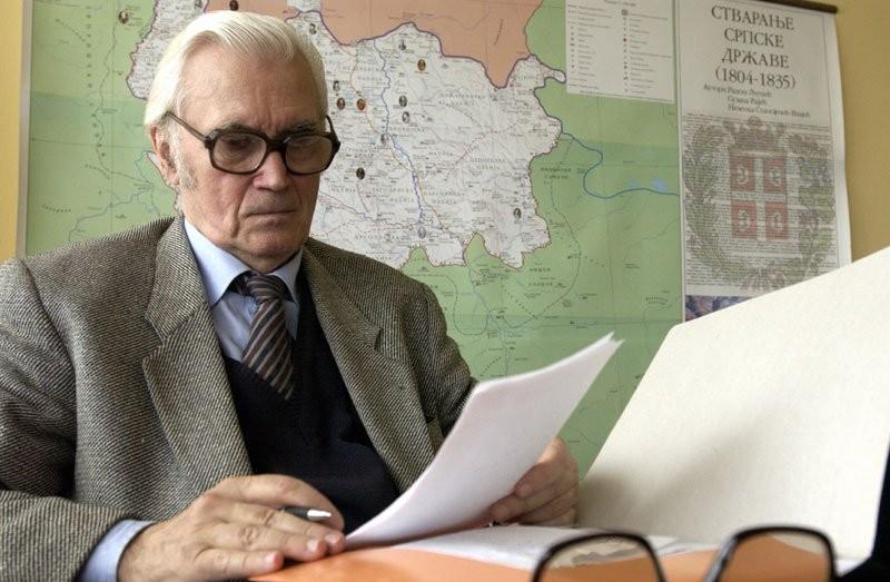 Никола Милошевић у својој канцеларији (Фото: catenamundi.rs)