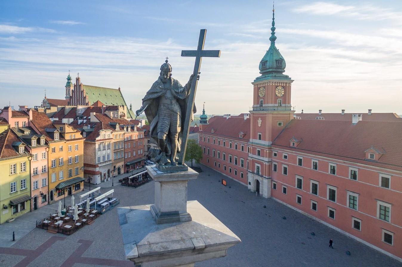 Statua Žigmunda III u Varšavi (Foto: reddit.com)