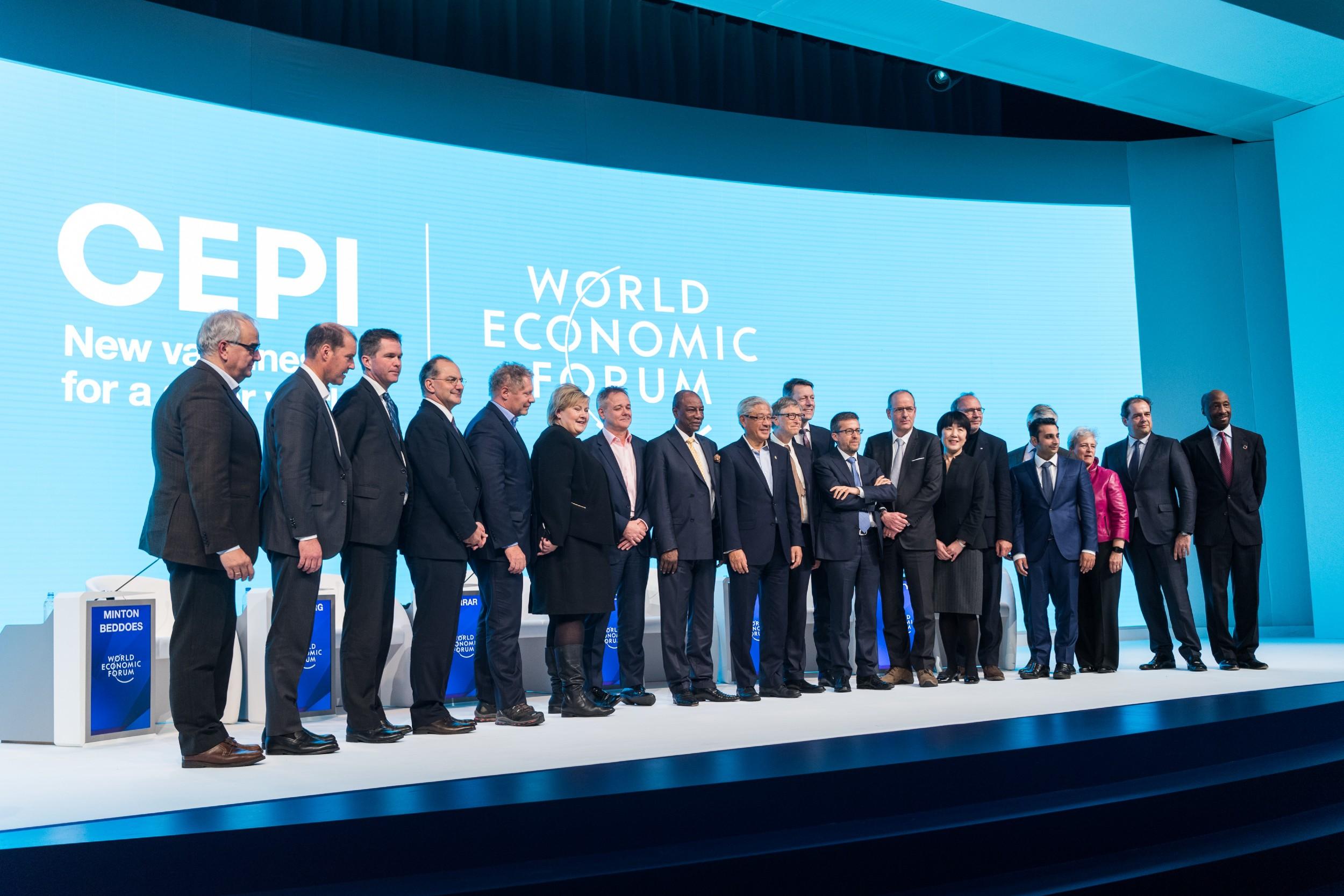 Članovi Koalicije za inovacije epidemijske pripremljenosti (CEPI) tokom Svetskog ekonomskog foruma u Davosu 2017. godine (Foto: dsw.org)