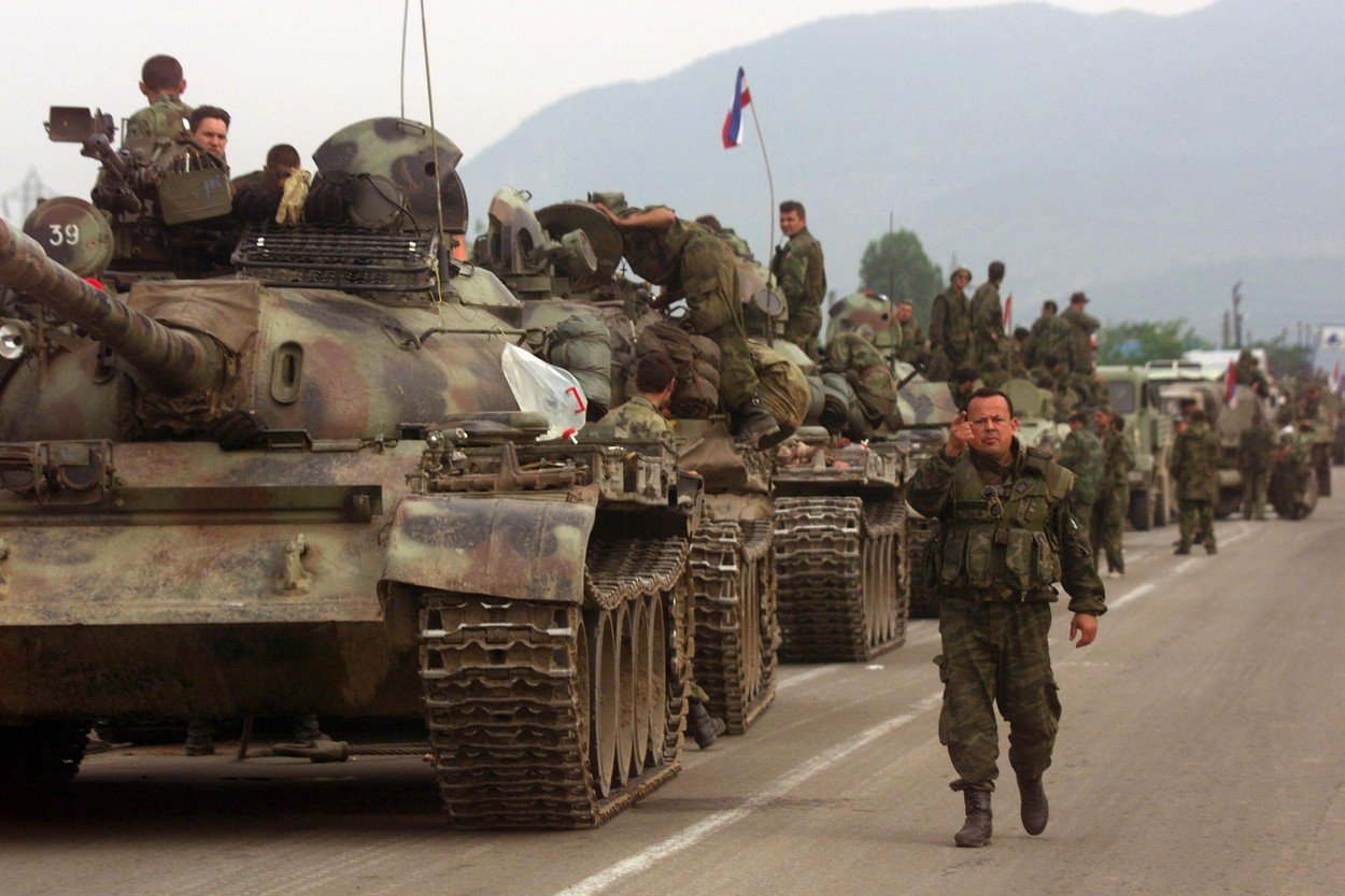 Vojska Jugoslavije na Kosovu i Metohiji 1999. (Foto: Profimedia/AFP)