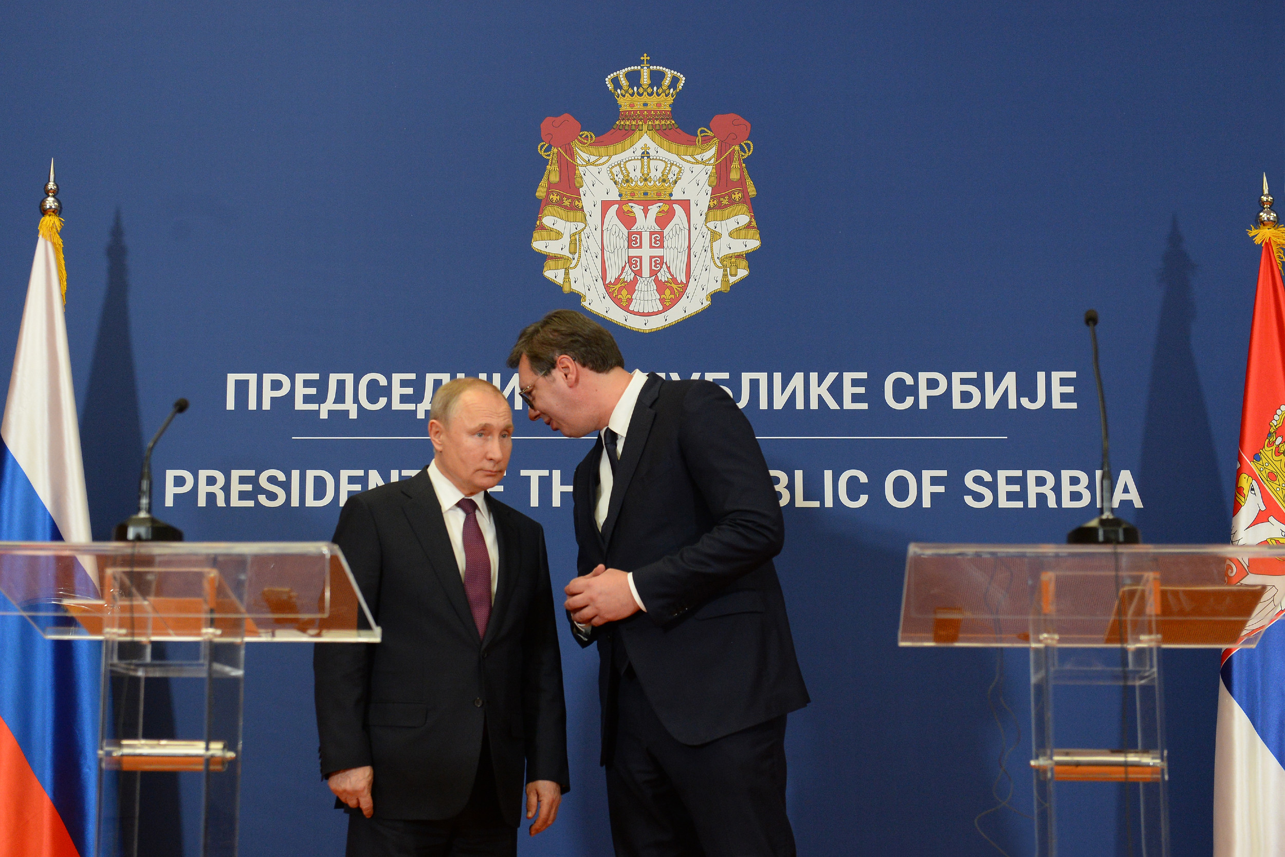Predsednik Srbije Aleksandar Vučić razgovara sa predsednikom Rusije Vladimirom Putinom tokom zajedničke konferencije za medije, Beograd, 17. januar 2019. (Foto: Tanjug/Tanja Valič)