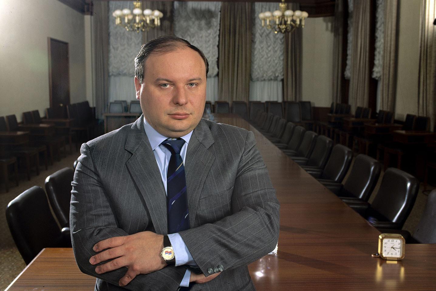"""Јегор Гајдар, сојветски и руски економиста и политичар, творац """"шок терапије"""" реформи у Русији (Фото: newsprice.info)"""