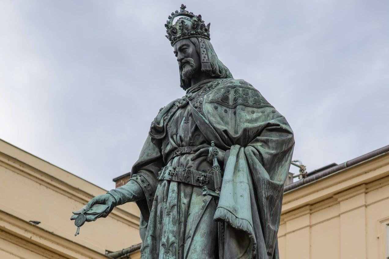 Statua cara Svetog rimskog carstva Karla IV u Pragu (Foto: prague.today)