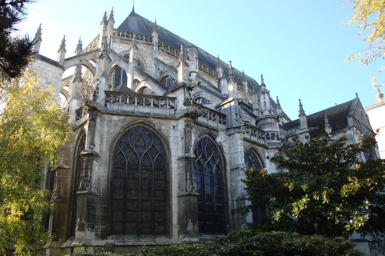 Католичка црква Сент-Етјен у Бовеу (Фото: visitbeauvais.fr)