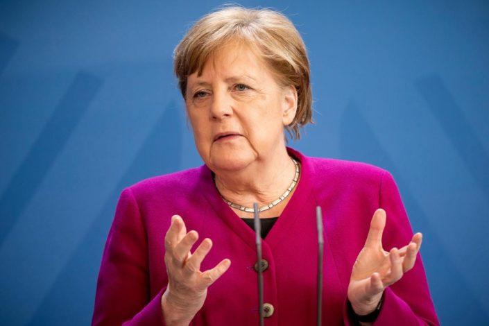 Blic: Merkelova hoće sporazum o KiM po svaku cenu