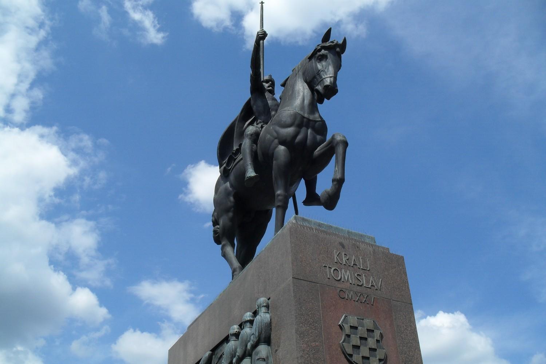 Spomenik kralju Tomislavu u Zagrebu (Foto: Doncsecz/Wikimedia)