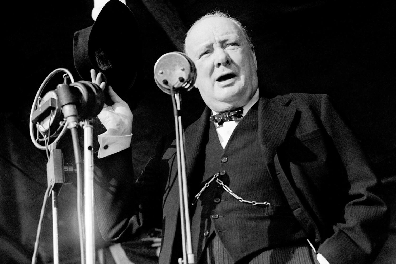 Bivši britanski premijer Vinston Čerčil tokom jednog svog govora u Londonu 1945. godine (Foto: PA/PA Archive/Press Association Images)