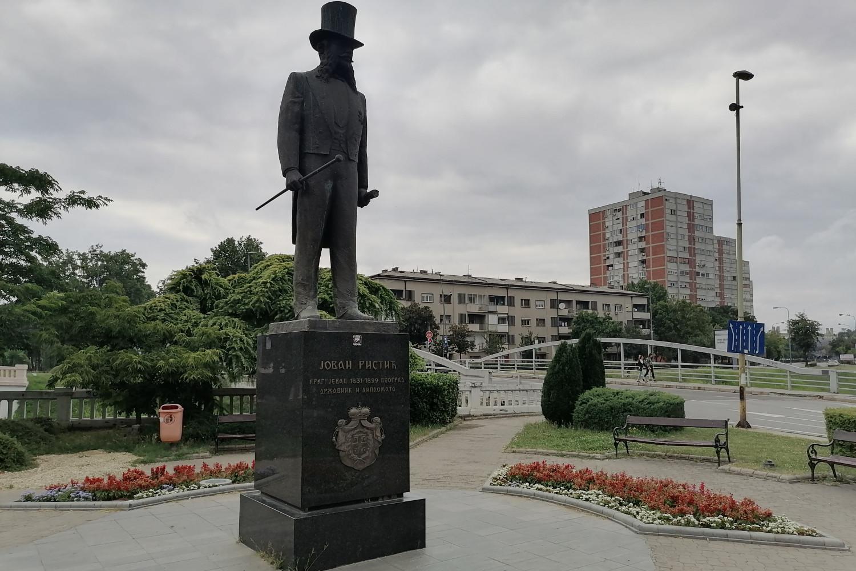 Spomenik Jovanu Ristiću u Kragujevcu (Foto: Radomir Jovanović/Novi Standard)