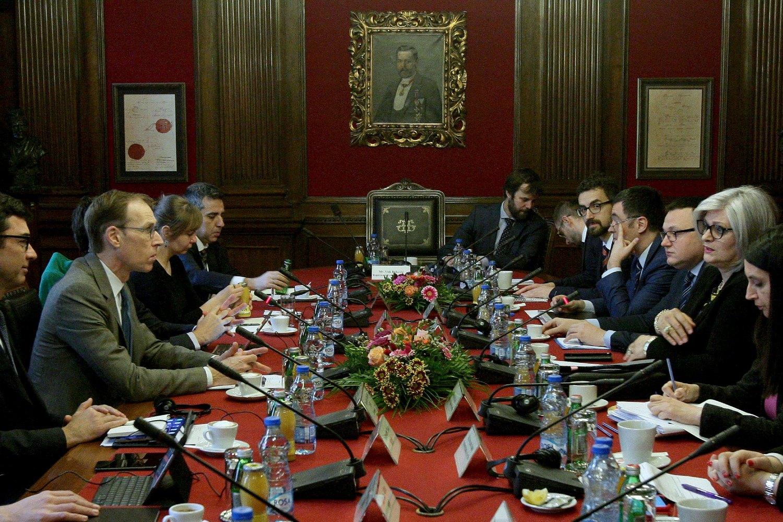 Šef misije Fonda Jan Kejs Martejn na sastanku sa delegacijom NBS predvođenom guvernerkom Jorgovankom Tabaković (Foto: Tanjug/Sava Radovanović)
