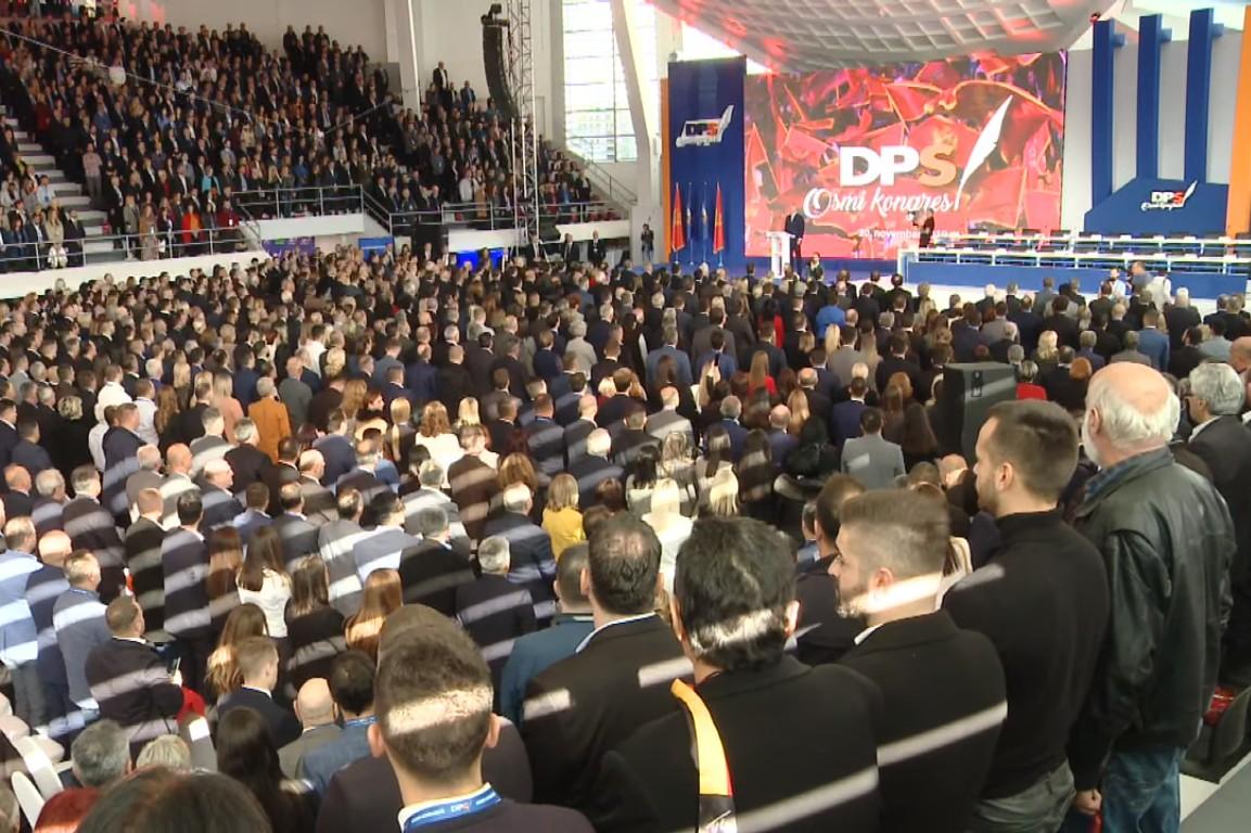 Članovi DPS-a tokom Osmog kongresa, 30. novembar 2019. (Foto: Snimak ekrana/Jutjub)