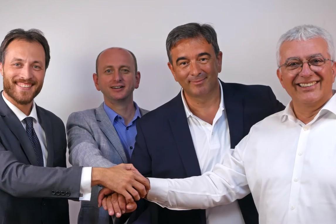 Marko Milačić (Prava Crna Gora) i članovi Demokratskog fronta (Milan Knežević, Nebojša Medojević i Andrija Mandić) u tokom snimanja predizbornog spota (Foto: Snimak ekrana/Jutjub)