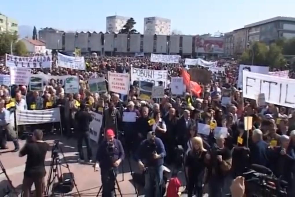 Antivladini protesti u Crnoj Gori, Podgorica, 20. mart 2012. (Foto: Snimak ekrana/Jutjub)