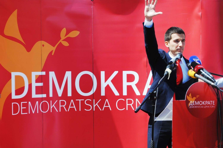 Predsednik Demokratske Crne Gore Aleksa Bečić tokom predizbornog skupa 2015. (Foto: Demokratska Crna Gora/IN4S)