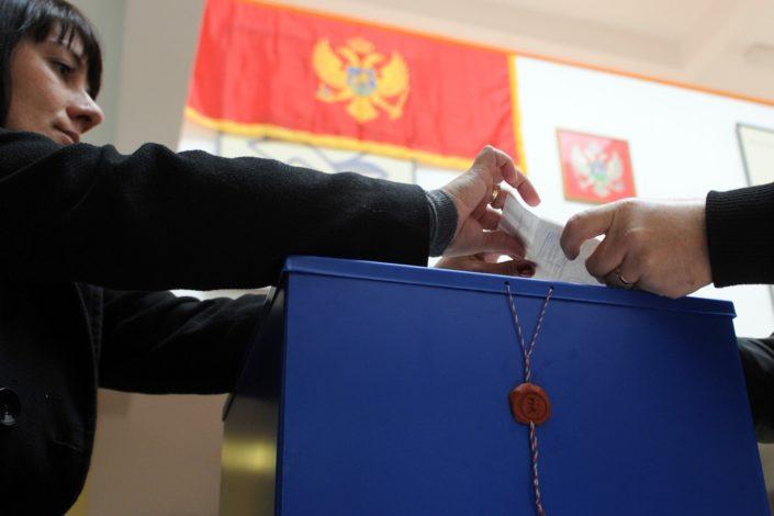 U susret istorijskim izborima u Crnoj Gori (1)