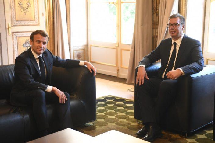 Vučić: Priština iznela ultimatume, Merkelova i Makron bili korektni