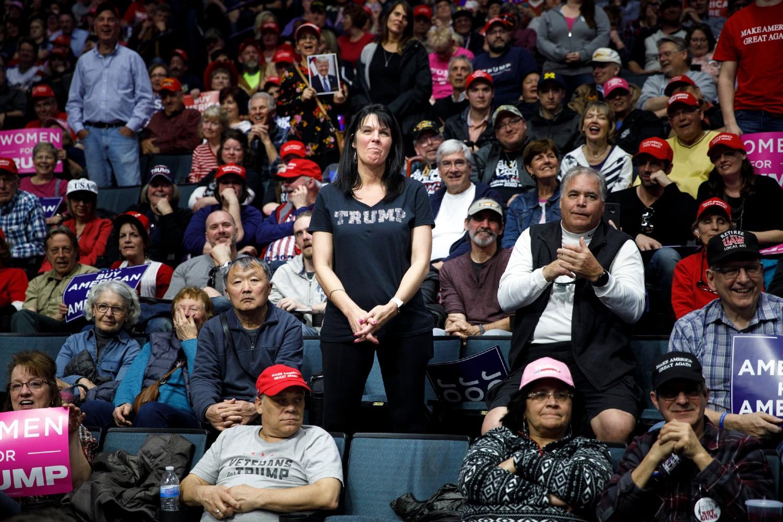 Pristalice Republikanske stranke i Donalda Trampa tokom njegovog mitinga u Grand Rapidsu, Mičigen, 28. mart 2019. (Foto: Tom Brenner/The New York Times)
