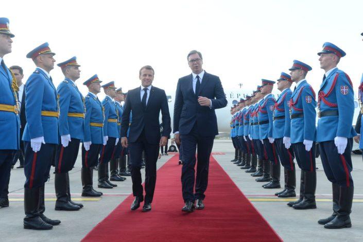 Vučić u četvrtak s Makronom u Parizu, u nedelju s Hotijem u Briselu