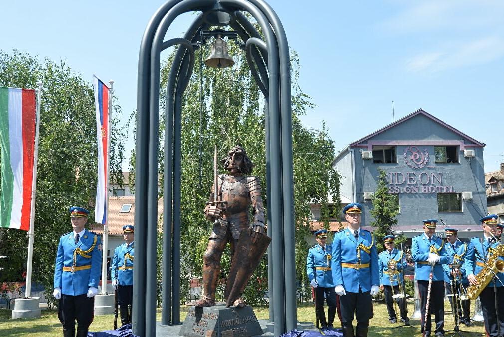Spomenik Sibinjanin Janku (Janjošu Hunjadiju) u Zemunu (Foto: Tanjug/Zoran Žestić)