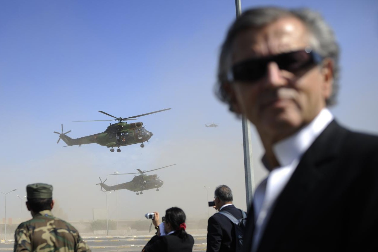Bernar-Anri Levi u Libiji tokom posete pobunjenicima (Foto: Eric Feferberg/AFP/Getty Images)