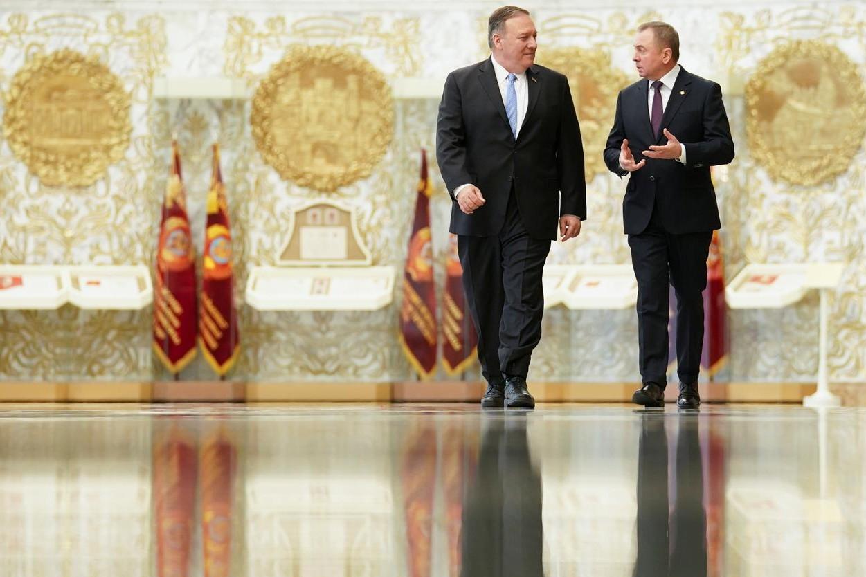 Beloruski ministar spoljnih poslova Vladimir Makej u razgovoru sa američkim državnim sekretarom Majkom Pompeom prilikom njegove posete Belorusiji, 01. februar 2020. (Foto: Reuters/Kevin Lamarque/Pool)