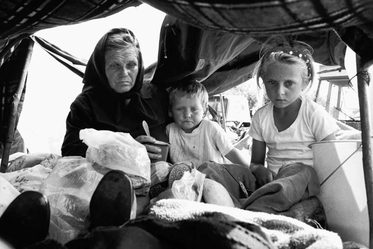 Srpske izbeglice iz Hrvatske na srpsko-hrvatskoj granici (Foto: Peter Turnley/Corbis/VCG via Getty Images)