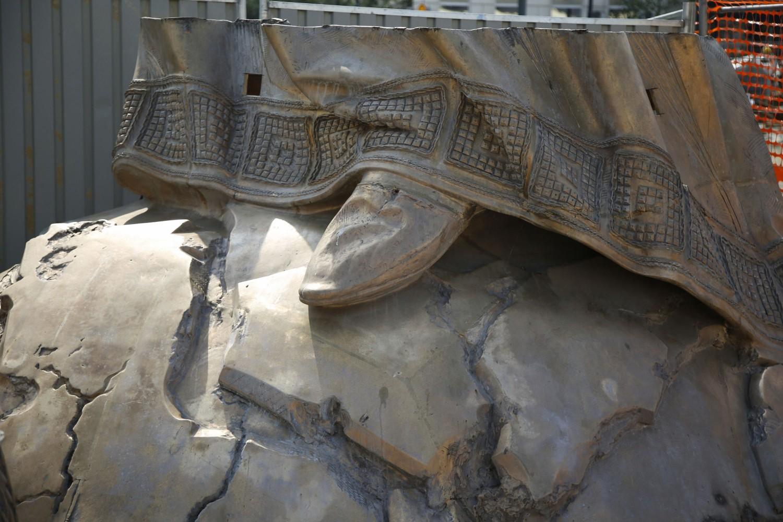 Deo spomenika Stefanu Nemanji koji se postavlja na Savskom trgu (Foto: Tanjug/Nikola Anđić)