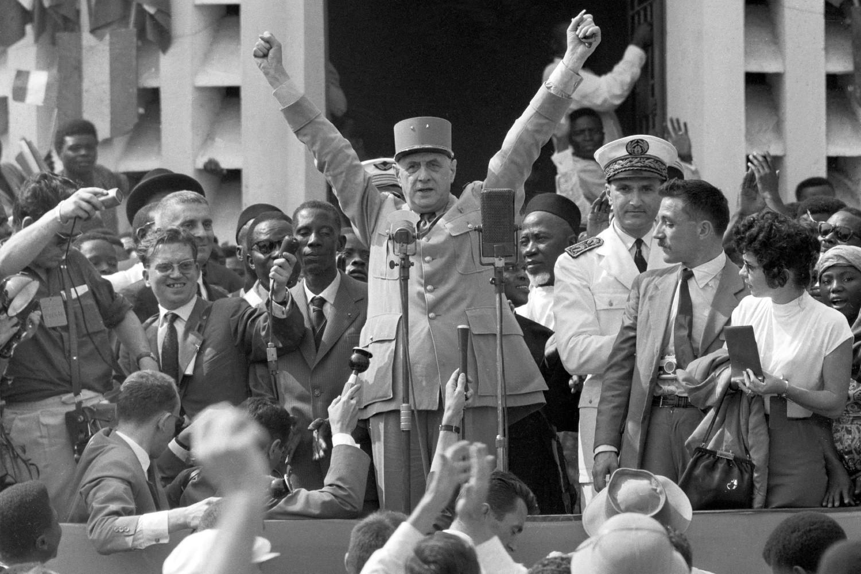 Legendarni francuski predsednik Šarl de Gol tokom govora u Brazavilu, tada delu Francuske ekvatorijalne Afrike, avgust 1958. (Foto: Bettmann)