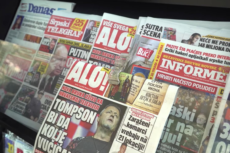 Tabloidi u Srbiji na prodajnom mestu na trafikama (Foto: Snimak ekrana/Jutjub)