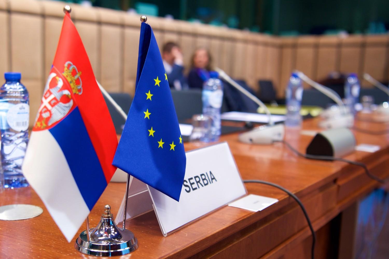 EU Serbia Flags