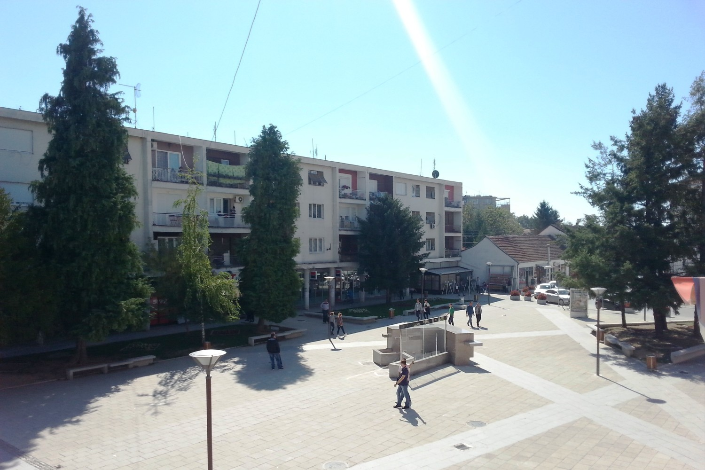 Građani Bujanovca u pešačkoj zoni (Foto: parlament.gov.rs)