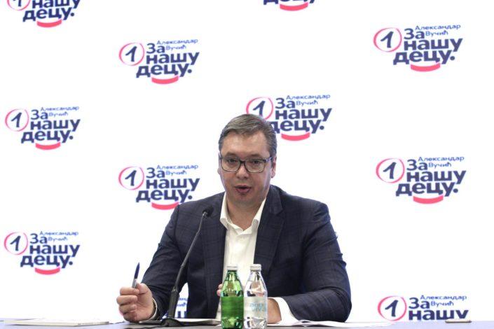 """Vučić: Dačić na čelu Skupštine, u Vladi i SPAS, Stefanović """"u sektoru bezbednosti"""""""