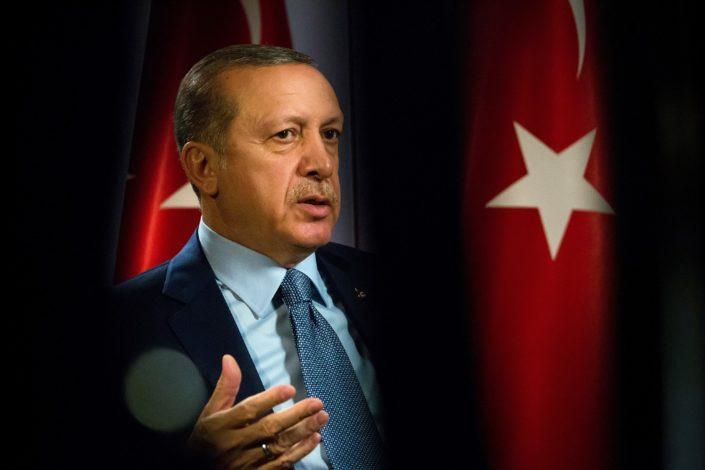 """Erdogan bez dlake na jeziku: Svedoci smo """"digitalnog fašizma"""""""