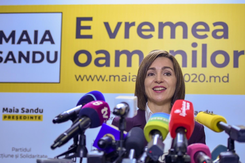 Novoizabrana predsednica Moldavije Maja Sandu tokom konferencije za medije nakon izborne pobede, 16. novembar 2020. (Foto: AFP/Sergei Gapon)