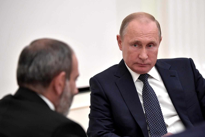 Predsednik Rusije Vladimir Putin tokom sastanka sa premijerom Jermenije Nikolom Pašinjanom u Kremlju, Moskva, 13. jun 2018. (Foto: kremlin.ru)