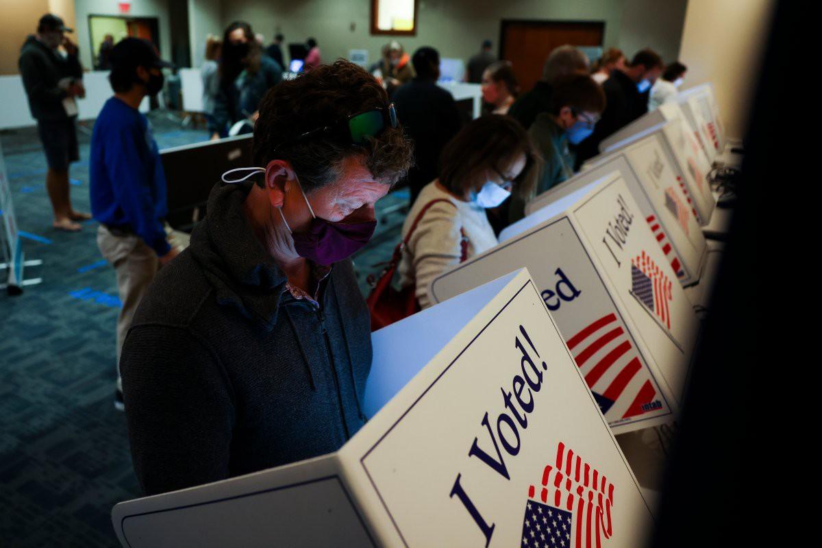 Birači tokom glasanja u Čarlstonu, Južna Karolina, 30. oktobar 2020. (Foto: Michael Ciaglo/Getty Images)