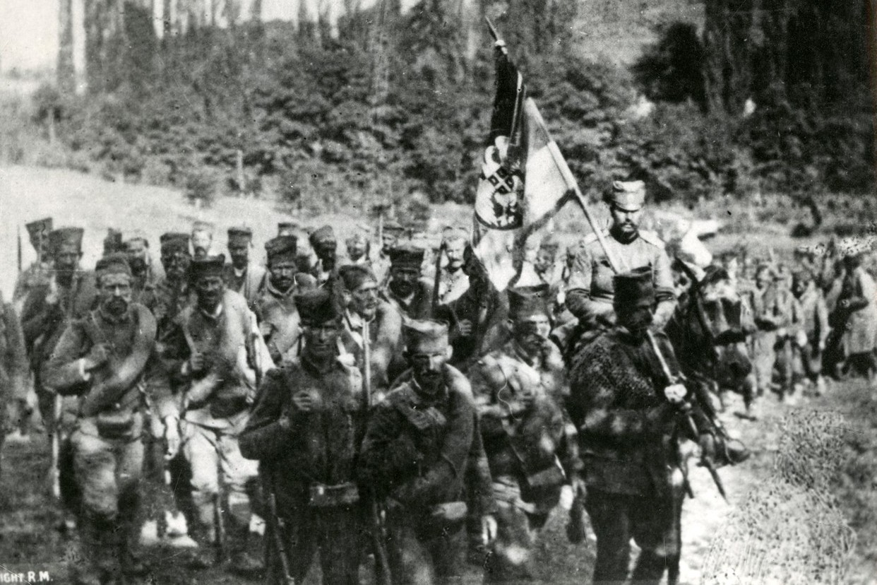 Srpska pešadija tokom Bitke na Drini protiv Austrougarske, 1914. godine (Foto: Profimedia/Mary Evans Picture Library)