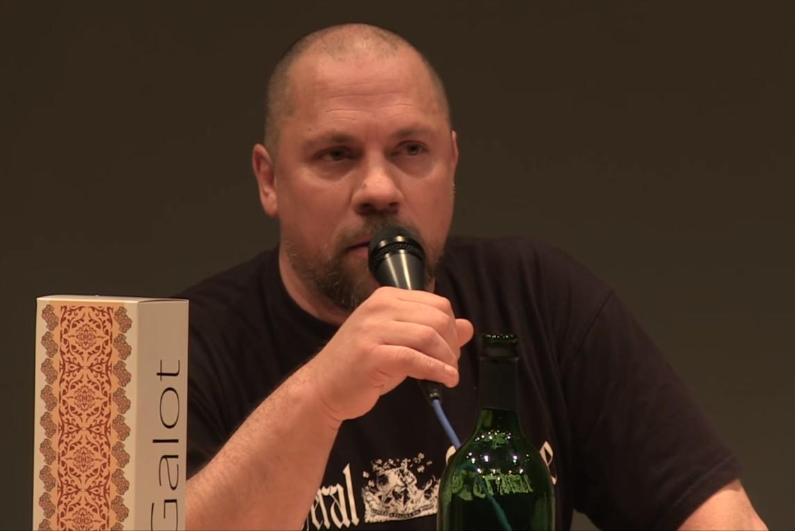 Hrvatski pisac Boris Dežulović (Foto: Snimak ekrana/kotoweb)
