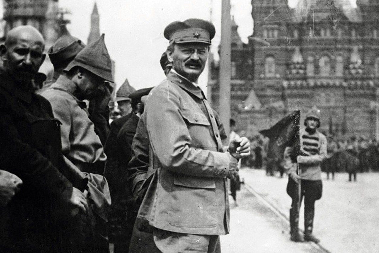Lav Trocki na vojnoj paradi na Crvenom trgu u Moskvi 1918. (Foto: General Photographic Agency/Getty Images)