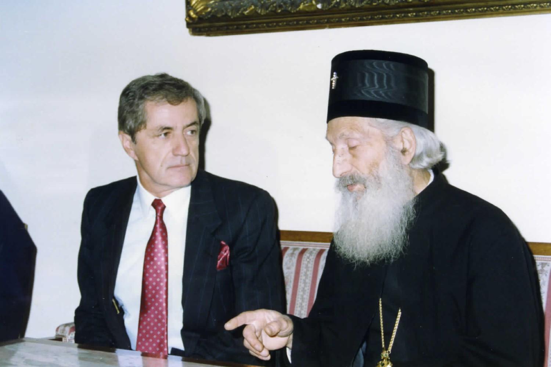 Miroslav Đorđević tokom jednog od sastanka sa blaženopočivšim patrijarhom srpskim Pavlom (Foto: CLIO/Arhiva KSU/Novi Standard)