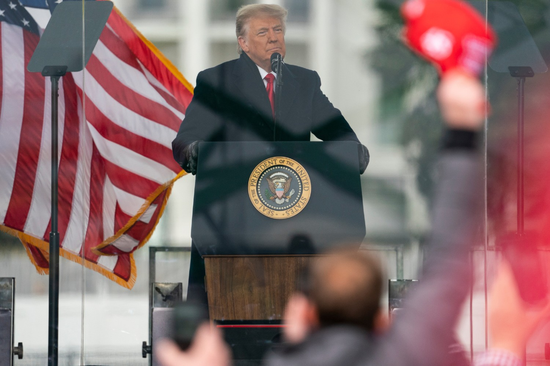 Američki predsednik Donald Tramp tokom protestnog skupa ispred Kapitola, Vašington, 06. januar 2021. (Foto: AP Photo/Evan Vucci)