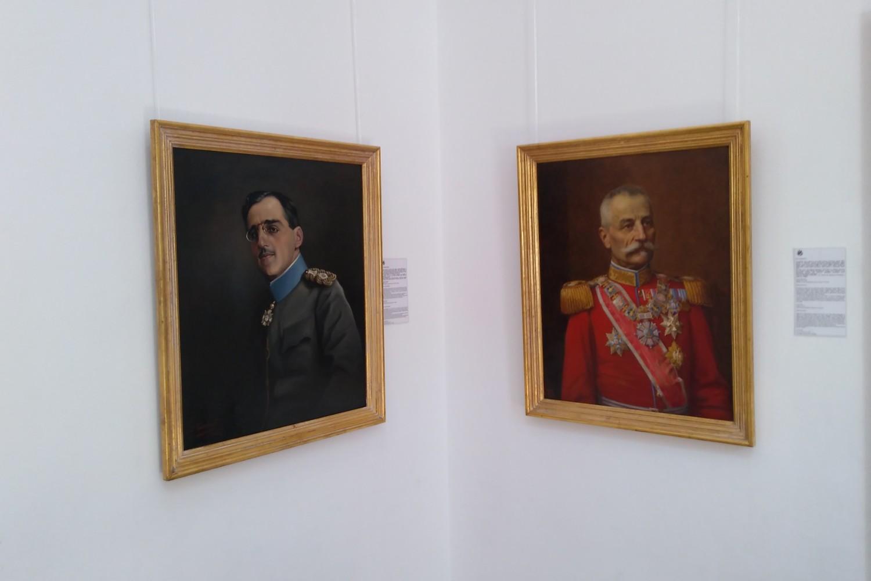 Portreti kralja Petra i kralja Aleksandra Karađorđevića u Kući Kralja Petra na Oplencu (Foto: Radomir Jovanović/Novi Standard)
